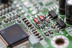Formazione hardware e software logo